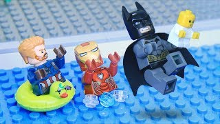 Lego Babysitting Swimming Pool: Avengers and Justice League Next Generation - Video Youtube