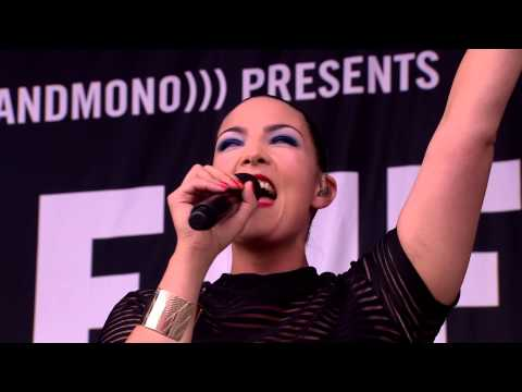Caro Emerald - Tangled Up (Glastonbury 2014)