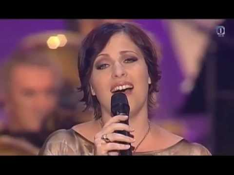 Nuška Drašček - Samo nasmeh je bolj grenak