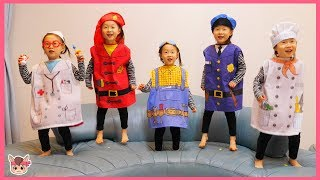 Learn Colors with Kids Toys | Nursery Rhymes For Kids Children | Jumping on the bed 점핑언더베드 색깔 배우기 동요