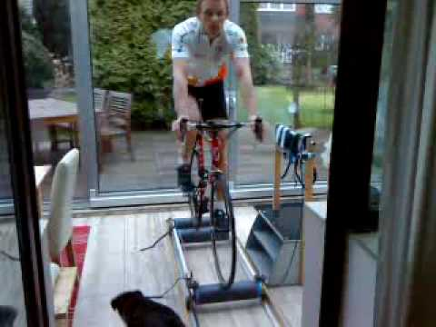 Ob man die Zellulitis mit Hilfe des Fahrradtrainers entfernen kann