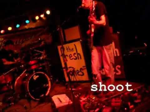 The Fresh Tones - Camera .wmv