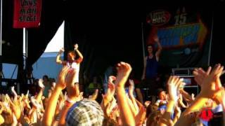 "3OH!3 - ""I'm Not Your Boyfriend Baby"" Live in HD! at Warped Tour '09"