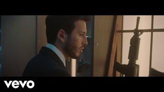 Como Si Nada  - Sebastián Yatra (Video)