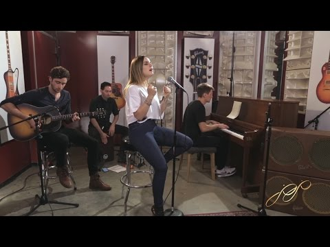 When Love Hurts (Acoustic)