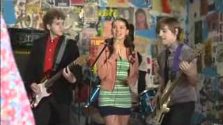 Julie e os Fantasmas  - Deixa a Música Te Levar