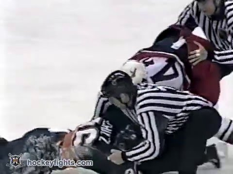Ray Schultz vs Jody Shelley