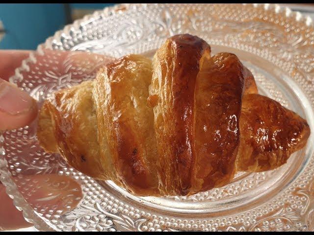 קרואסון צרפתי עם שוקולד - שיטה מהירה