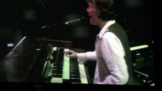 Eric Clapton & Steve Winwood - Voodoo Child 2010 Arnhem Part 2