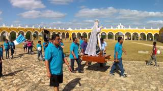 preview picture of video 'Procession in Izamal'