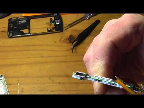 Sony Ericsson Xperia Micro USB Ladebuchse ausbauen Teil1