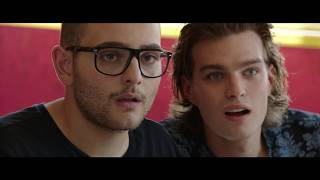 "ARRIVANO I PROF   Videoclip Rocco Hunt   ""Arrivano I Prof"" (Original Soundtrack)"