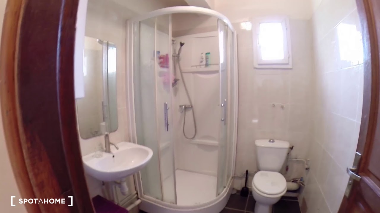 Chambres à louer dans une maison de 6 chambres avec terrasse à Créteil