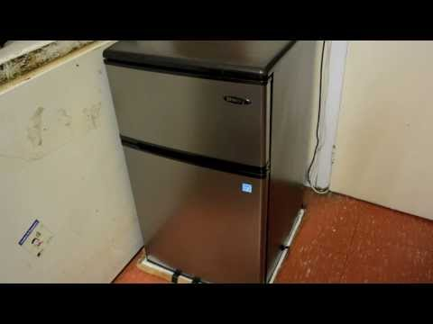 The Best Dorm Room Fridge? – Danby Dual Compact Mini Fridge/Freezer – Random Product Review