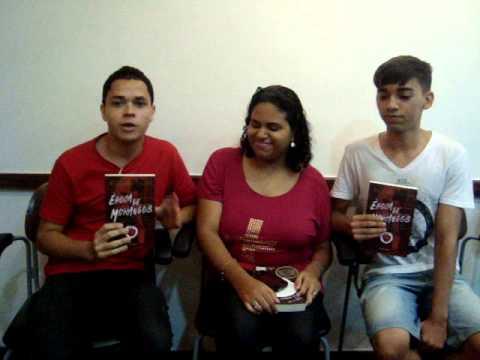 Leitores falam sobre o livro Época de Morangos