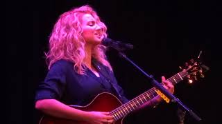 "Tori Kelly - ""Best Part"" (Live In Los Angeles 12-13-17)"