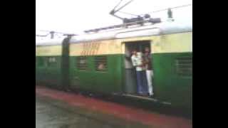 preview picture of video 'Katwa Bandel Local Arriving at Bandel in a Rainy Day'