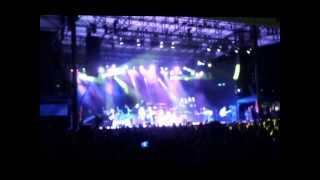 Cheap Trick Live singing Carry That Weight (Beatles Sgt Peppers Lonely Hearts Club Band)