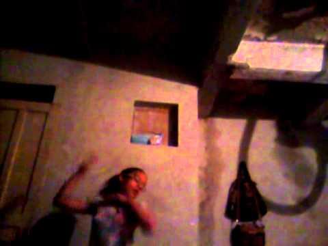 Leticia de 11anos dançando Claudia leite famosa