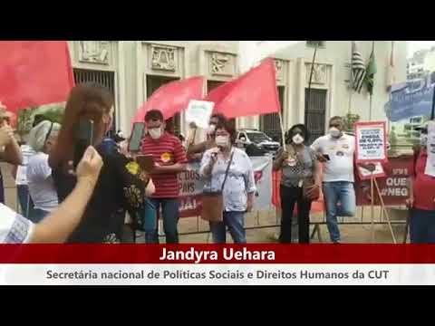 Jandyra Uehara no ato do Dia Nacional de Luta contra a PEC 32