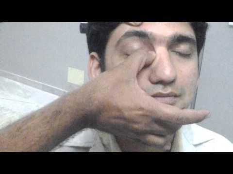 Les masques de la vitamine e dans lhuile et dolive lhuile autour des yeux