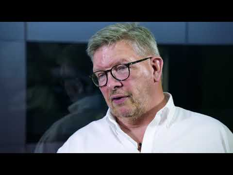F1 - 2018 Ross Brawn and Charlie Whiting talk Halo