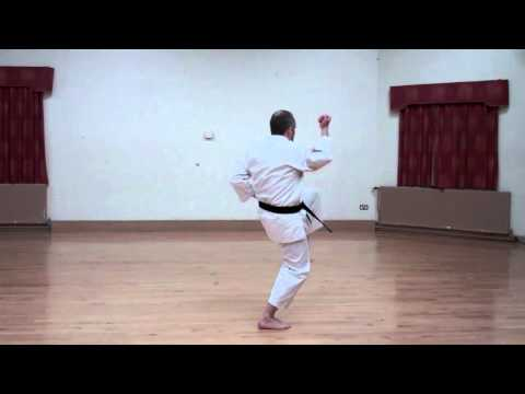 Wado Karate Pinan Yodan performed by Neil Pottinger