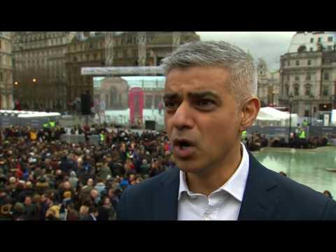 Part premiere, part Trump protest, Londoners gather for Oscar film