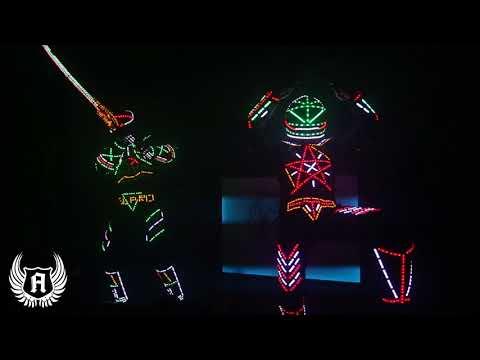 Світлові Роботи гіганти. На весілля та для дітей, відео 6