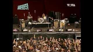 Beatsteaks - I don`t care as long as you sing (live @ Highfield Festival 2004)