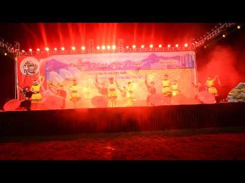 Chương trình nghệ thuật chào mừng kỷ niệm 65 năm ngày giải phòng huyện Than Uyên P4