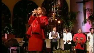 Kurt Carr & The Kurt Carr Singers - Shout