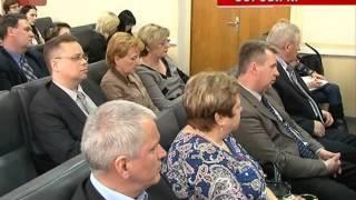 В Боровичах губернатор провел совещание по вопросам создания дополнительных мест в образовательных учреждениях