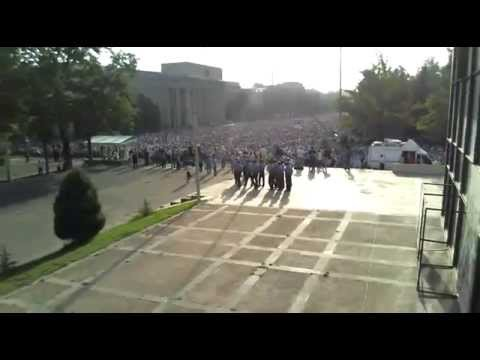 Айт Намаз на Старой площади в Бишкеке