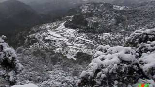 preview picture of video 'DESAFIO EXTERNO 20100109: Orient-Castell d'Alaro con nieve'