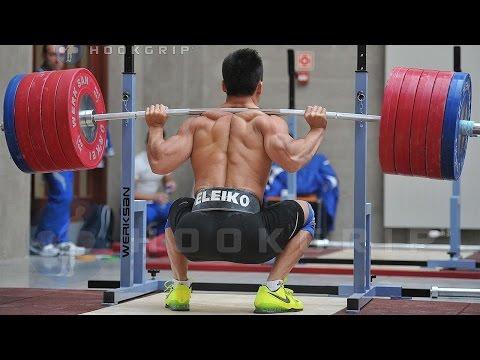 Trenuje codziennie dla wzrostu mięśni