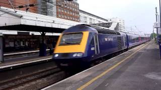 preview picture of video 'First Great Western HST at Hayes and Harlington'