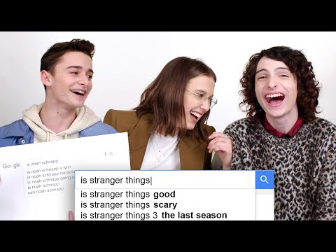 Millie Bobby Brown, Finn Wolfhard and Noah Schnapp Answer the Web's Most Searched Questions | WIRED (видео)