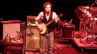 John Butler Trio BETER THAN/ CRAZY BANJO!!!