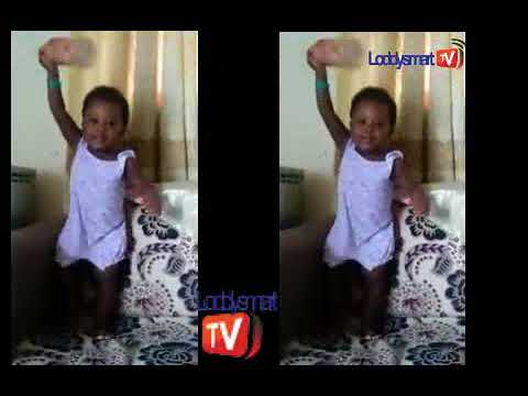 A 2  YEARS OLD KID MIMING PASTOR E A ADEBOYE OR RCCG AND DR OLUKOYA OF MOUNTAIN OF FIRE.