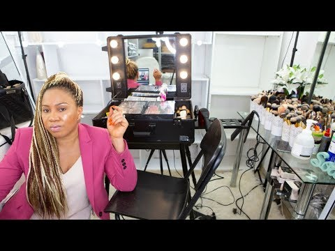 , title : 'BEAUTICIAN/MAKEUP SECRETS REVEALED👆🏼MAKEUP ARTIST MUST  WATCH👆🏼MAKEUP KIT AND SET UP WHAT I CARRY TO