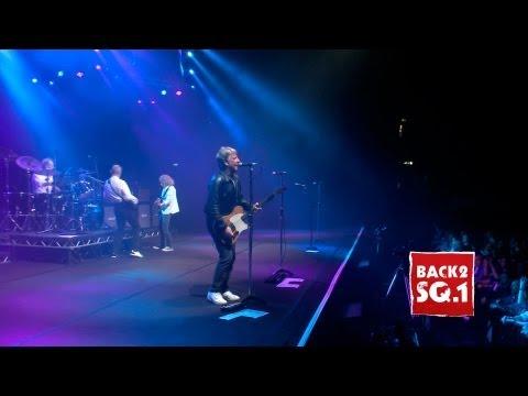 Rain (Live at Wembley) - The Frantic Four