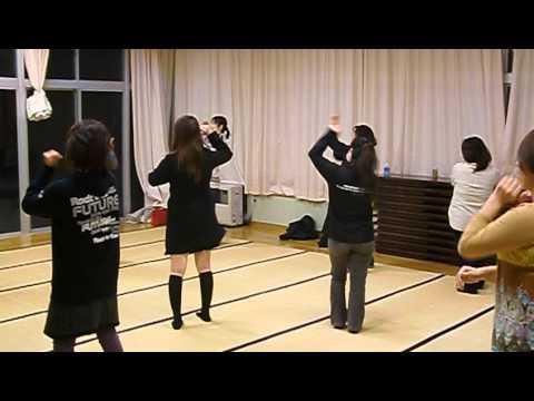 綾織小学校卒業を祝う会AKB練習