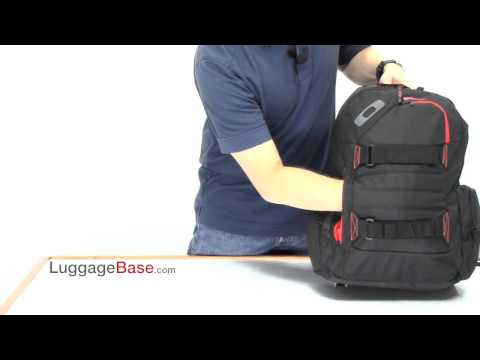 05681c54b4 LuggageBase com Best Price Oakley Method 540 Backpack Review