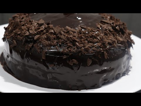 Eggless chocolate cake without oven recipe with easy cake decorating process (In hindi)