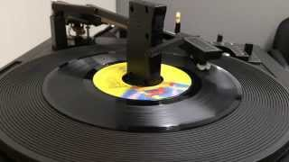 Electric Light Orchestra - Mr. Blue Sky 45 rpm played on a BSR Changer