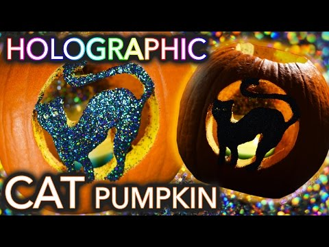 Holographic Cat Pumpkin Carving | Threadbanger (un)box(ing)