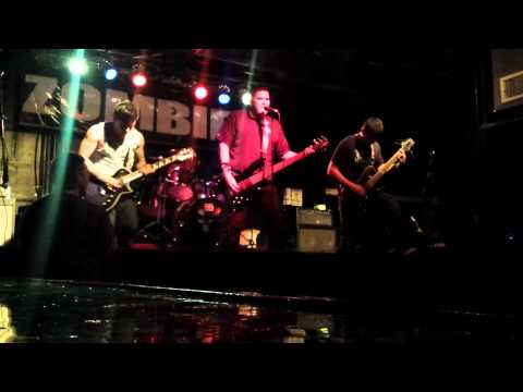 Broken Soul - Deth(Live at Zombies Bar, San Antonio, TX 1/18/14)