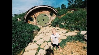 Inside A REAL Hobbit Hole!