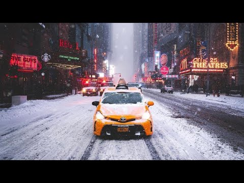 NEW YORK CITY 2019: FIRST SNOW BEFORE THE CHRISTMAS! [4K]